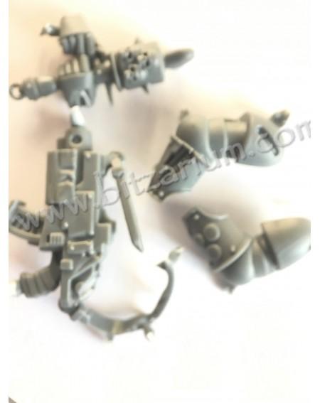 Boltgun with belt + grenade